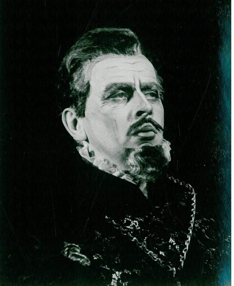 szymanski J Szymański w roli króla Filipa