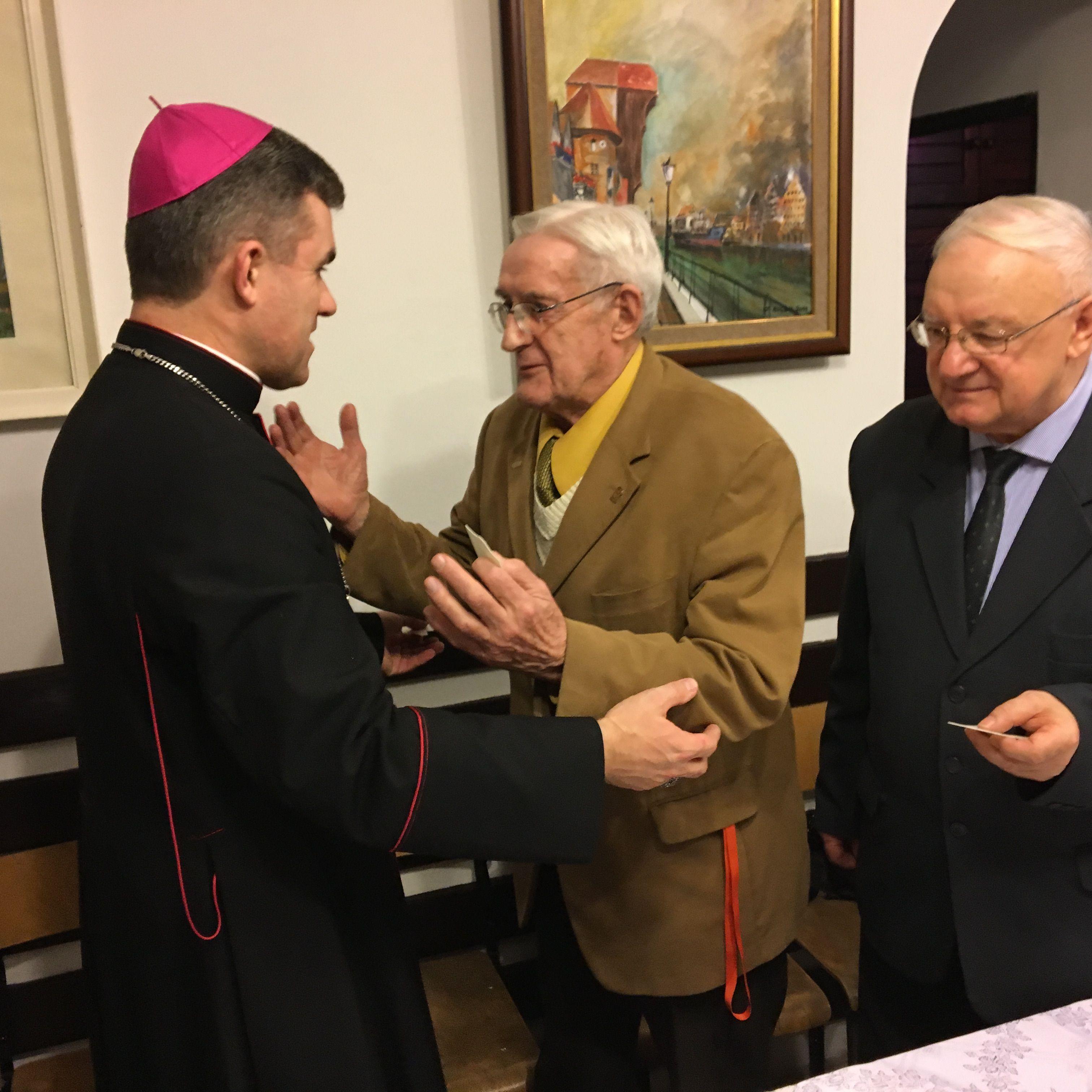 NG Opłatek z biskupem Michel fot_J_Wikowski IMG_1674