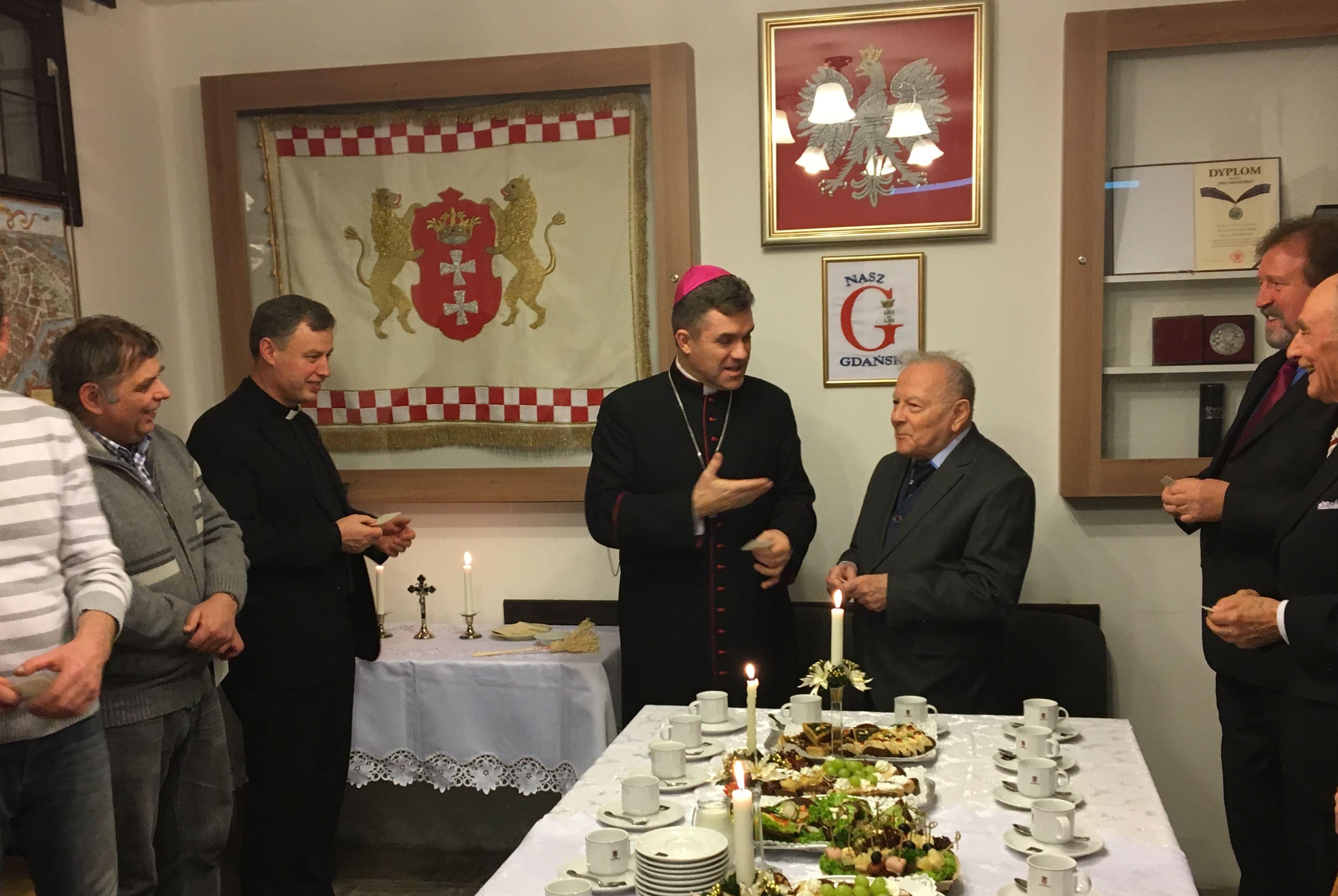 NG Opłatek z biskupem fot_J_Wikowski IMG_1651 — kopia