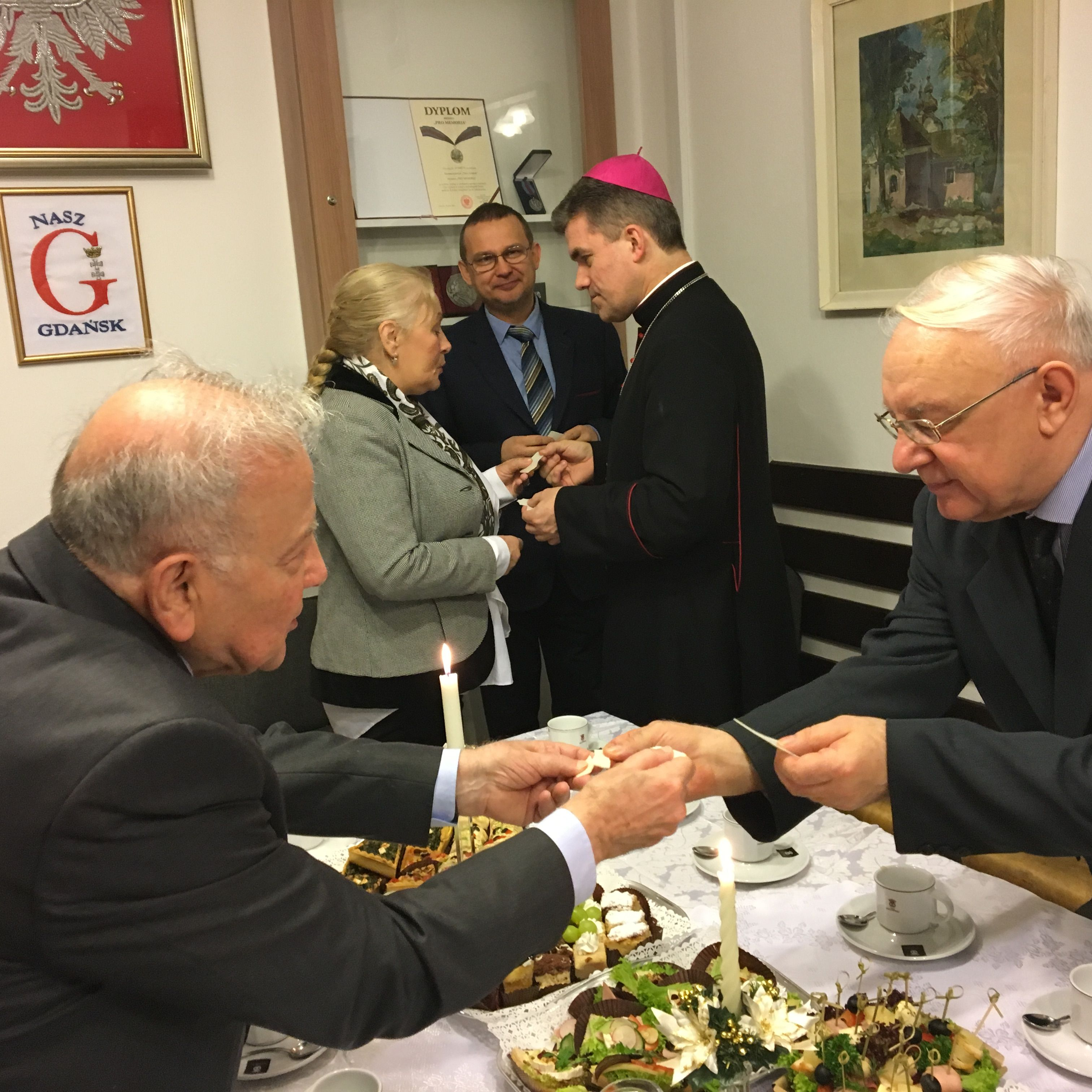 NG Opłatek z biskupem fot_J_Wikowski IMG_1698 — kopia