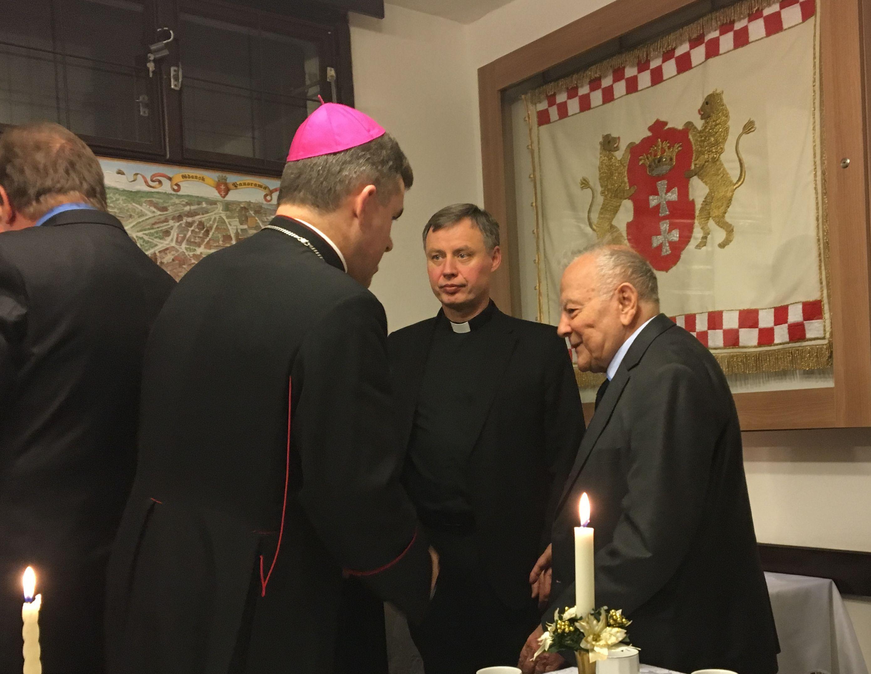 NG Opłatek z biskupem fot_J_Wikowski IMG_1733 — kopia