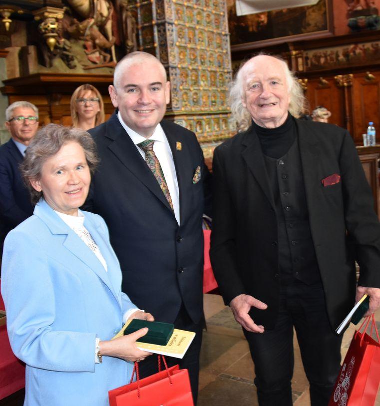 Dwor Artusa Odznaczeni Medalem Prezydenta Gdańska  Fot. J.Wikowski A31_7432
